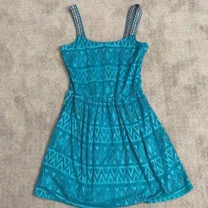 Dresses & Skirts - Teal patterned dress